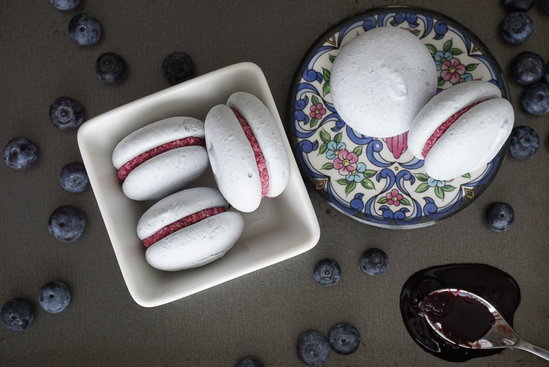 vegan blueberry cardamom macarons aquafaba