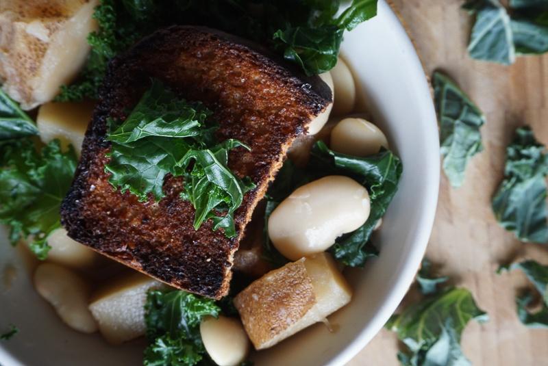 cannellini bean kale potato soup